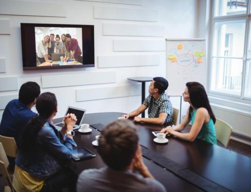 Jak wybrać odpowiednią technologię do sali konferencyjnej?